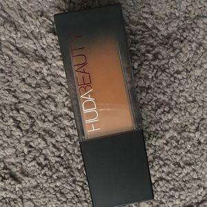 Other - Huda Beauty foundation
